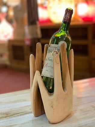 Porte bouteille mains