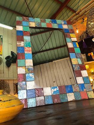 Miroir mosaïque en bois recyclé