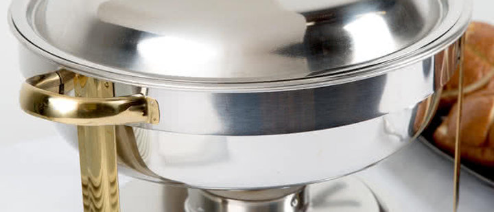 Deluxe 4 Qt. Round Gold Accent Chafer