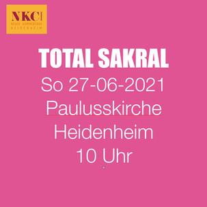 TOTAL SAKRAL in der Pauluskirche