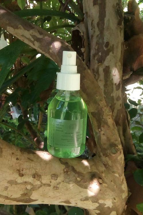 Higienizador a base óleos essenciais e álcool de cereais 70% - 100 ml