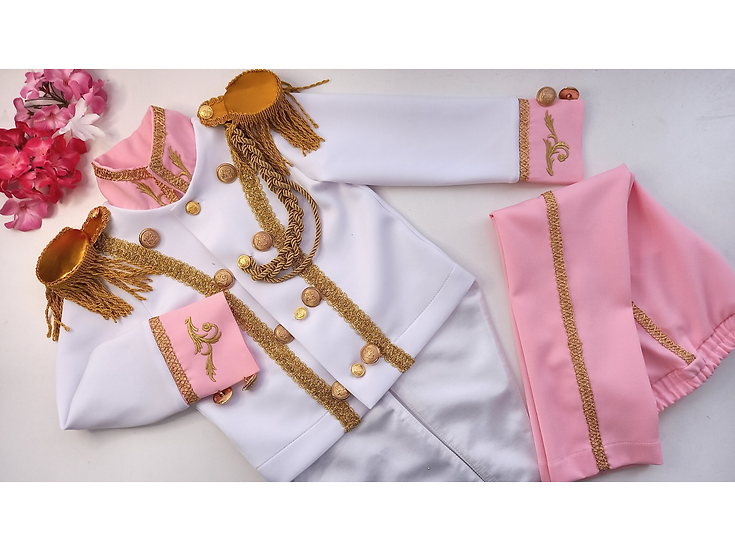 Prince costume in pink