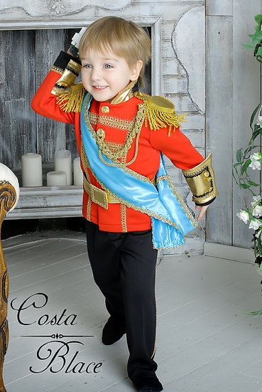 Prince William wedding outfit