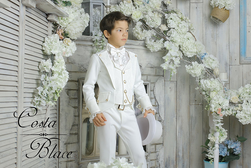Ivory Gentleman outfit for boy