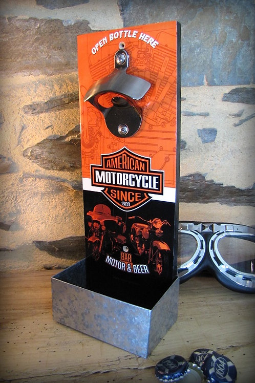 """Décapsuleur mural """"American Motorcycle Harley Davidson """" ."""