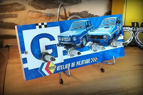 accroche clés mural avec bougies Renault R8 et R12 Gordini