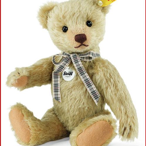 Classic Teddy Bear 000867