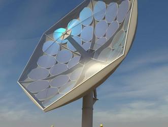 Revolutionair zonnepaneel trekt licht 'van 2000' zonnen' naar zich toe.