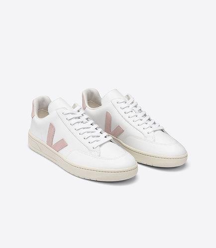 Sneakers – Veja – Lacets Blanc et rose clair