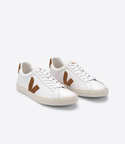 Sneakers – Veja – Lacets Blanc et camel