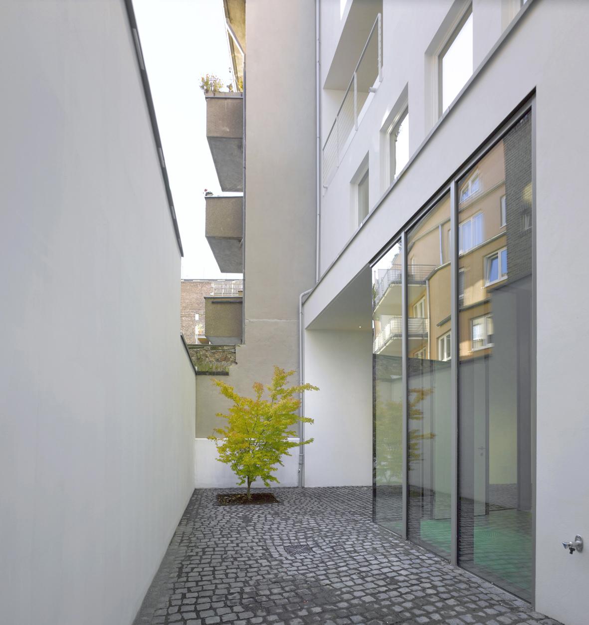 Stadthaus_Florastraße_14.jpg