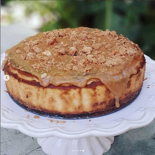 Baked Vanilla Cheesecake With Fudge