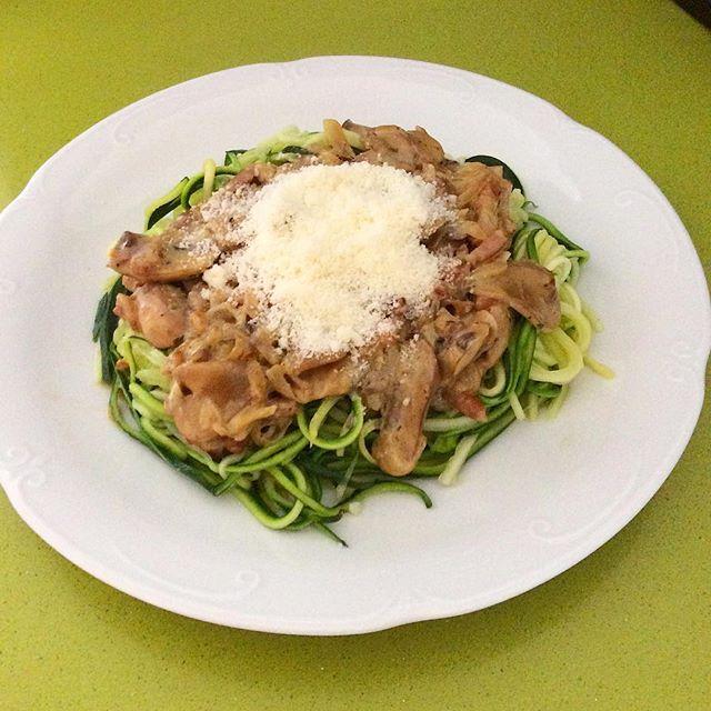Calabaespaguetis carbonara
