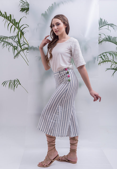 maay -STRIPPED BUTTON-UP CULOTTES
