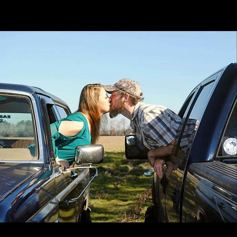 Trucks n' Love