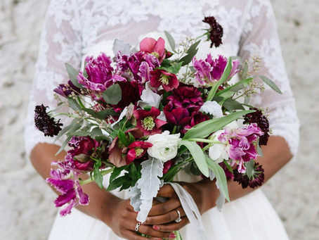 5 Things You Should & Shouldn't Splurge on for Your Wedding!