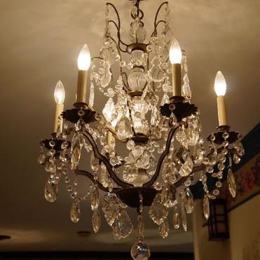 chandelier 1