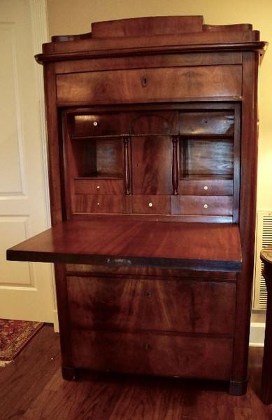 cabinet desk 1