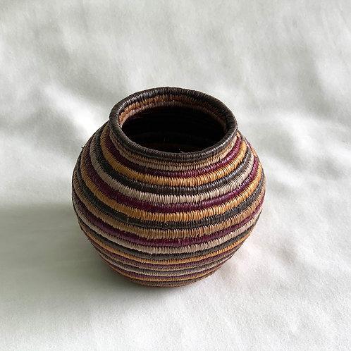 エンベラ・ウォウナアン族の手作り 壺カゴLサイズ