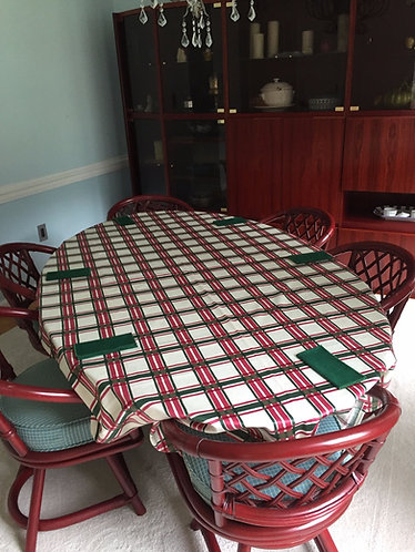 Tablecloth and 9 Napkins