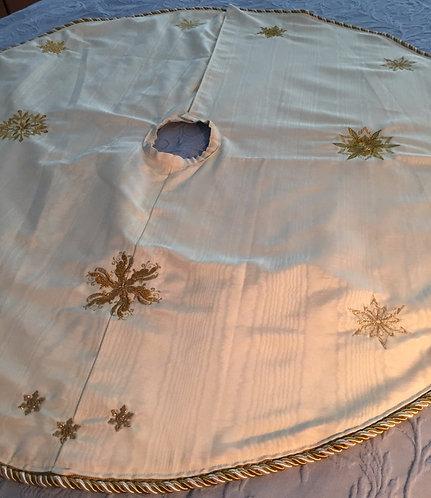 Tree Skirt, Ivory Moire