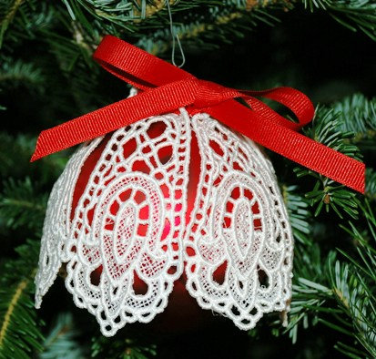 Victorian Lace Ornament - Large Red