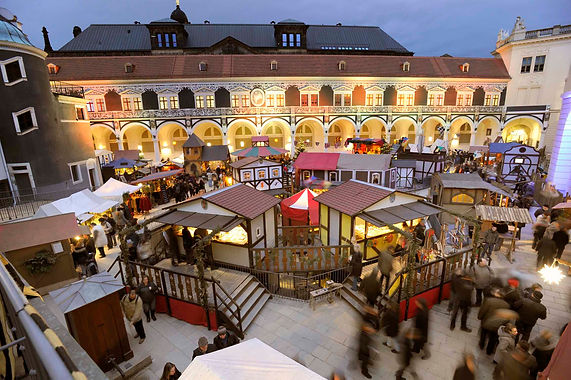 Mittelalter- Weihnachtsmarkt von Oben