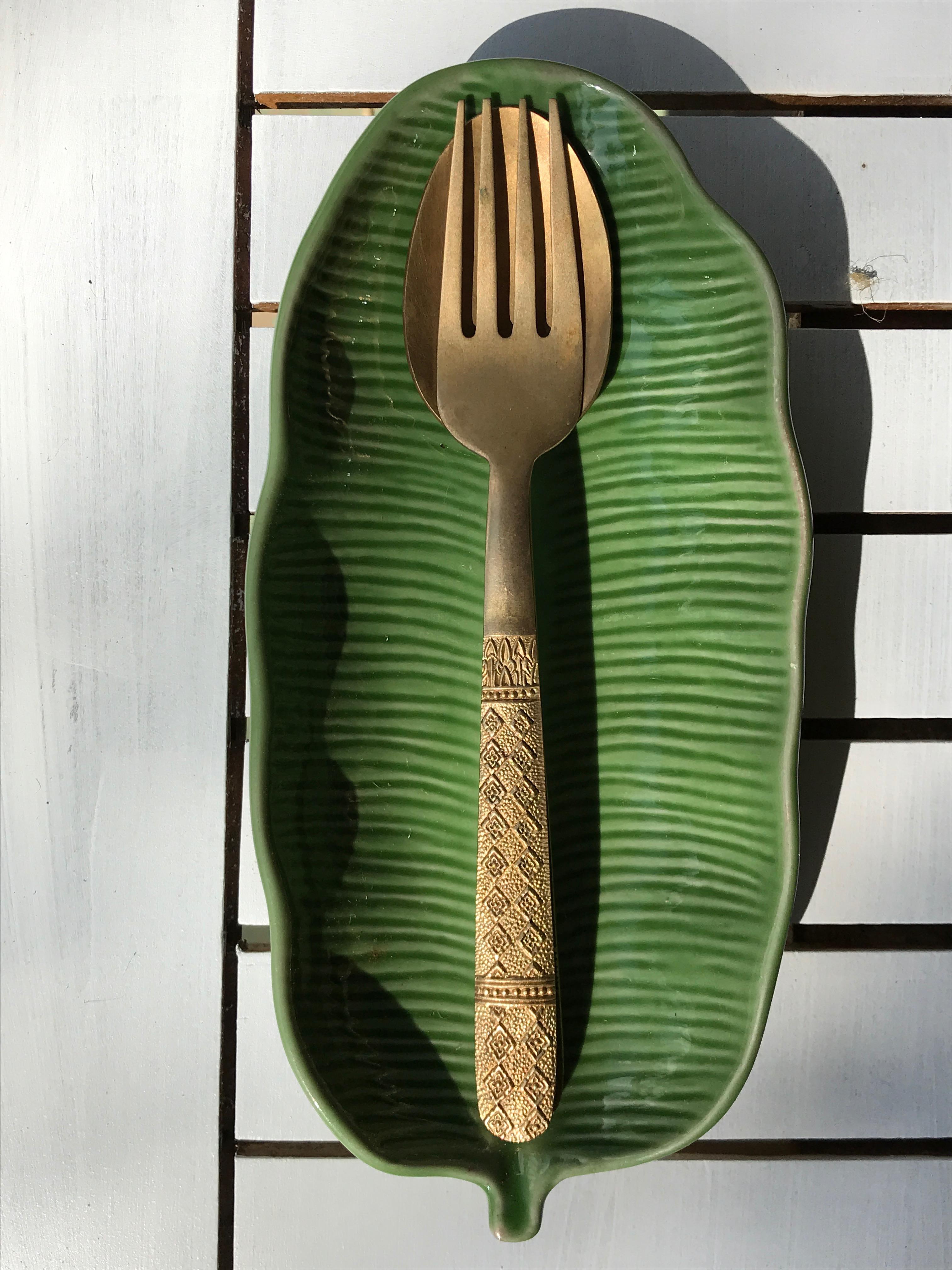 Cutlery & plate