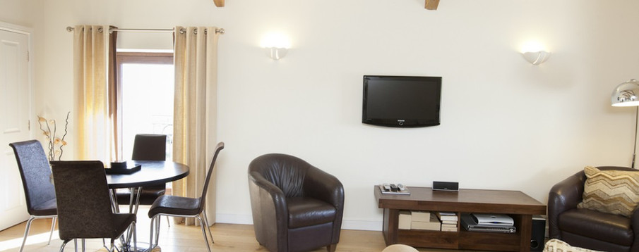 The Granary - Livingroom 1
