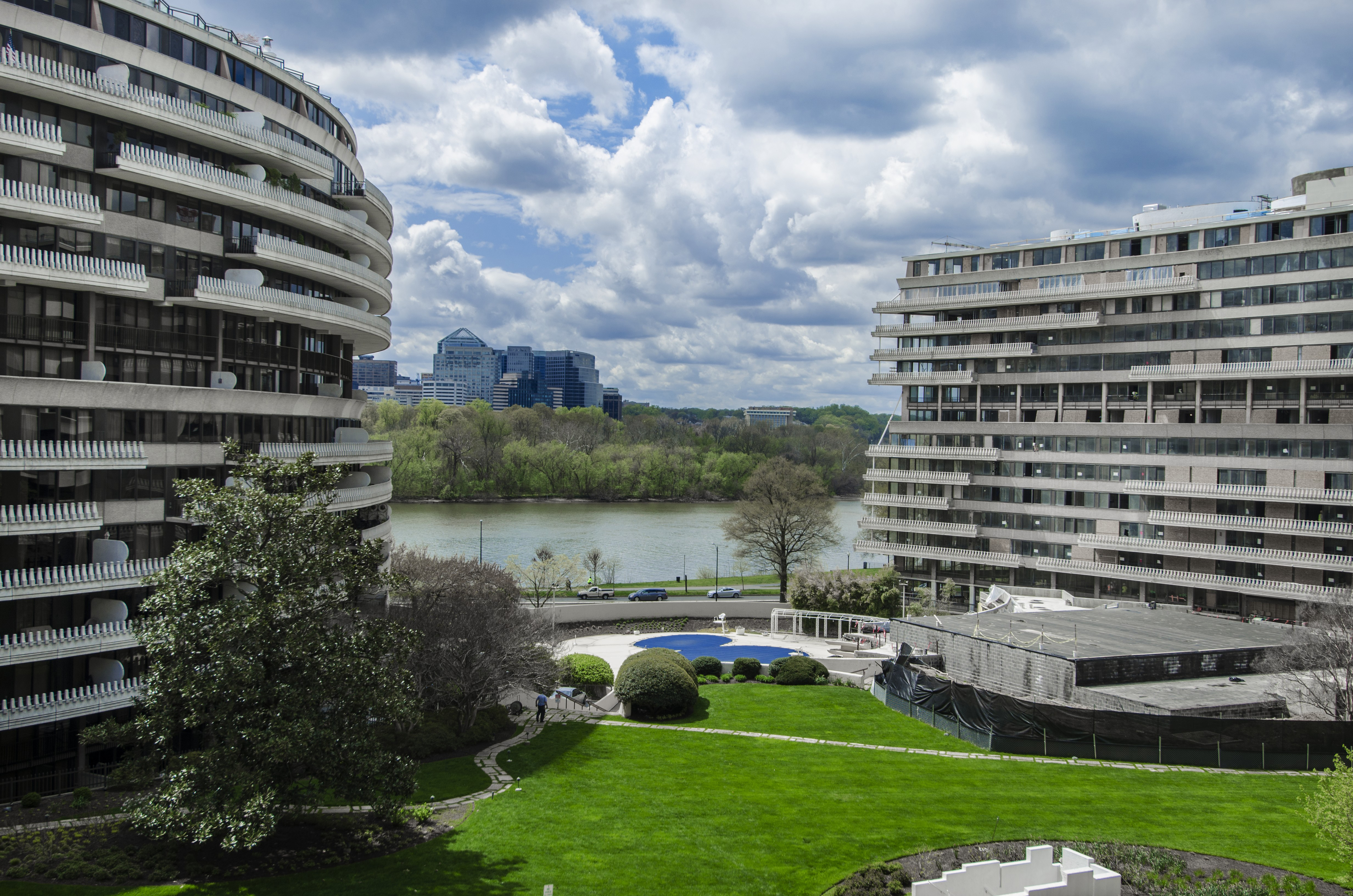 602-S Watergate East