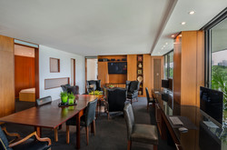 505/506 Watergate South