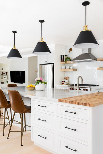 Black & White Modern Kitchen