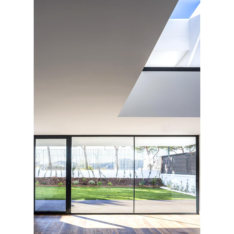 UVB Interior