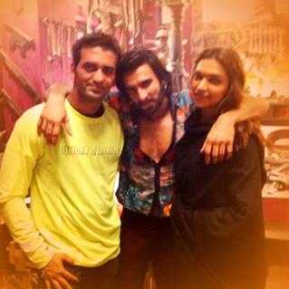 Sandesh Shetty - Ranveer Singh , Deepika Padukone.JPG