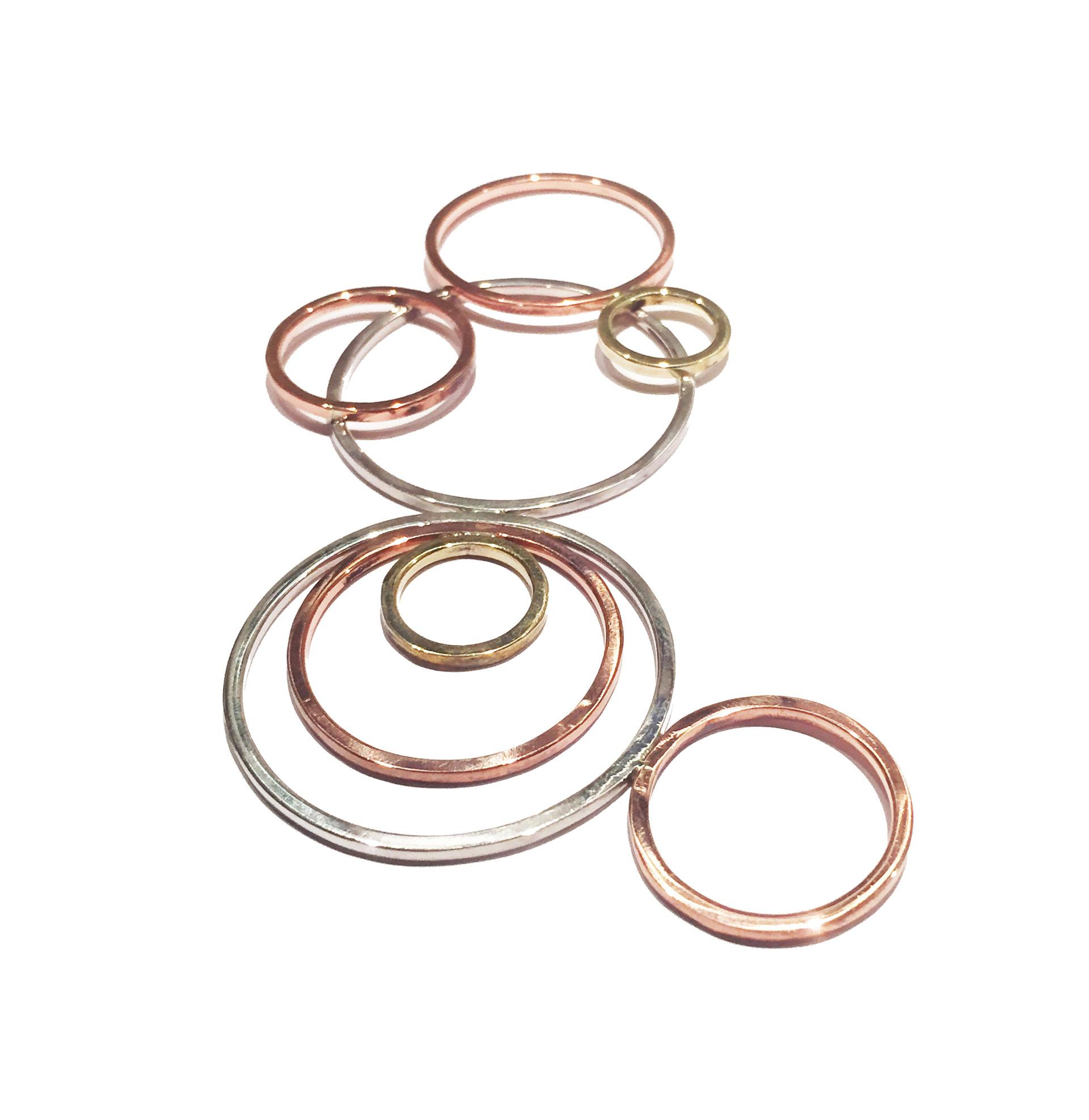Colar em prata 950, cobre e latão feito manualmente. Joalheria contemporânea.