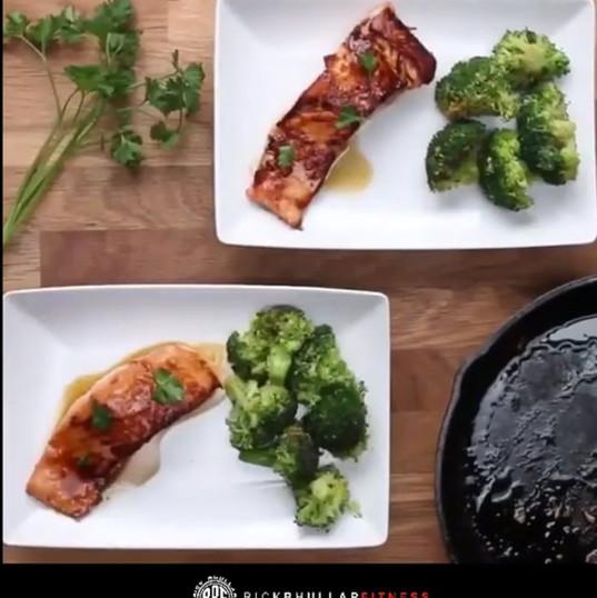 Maple Salmon & Brocolli