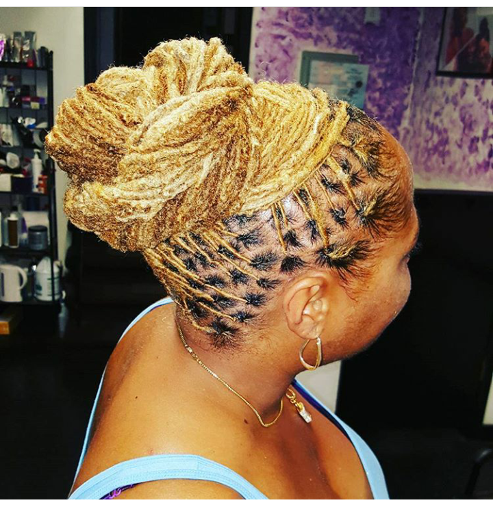CROWNED LOC STYLE