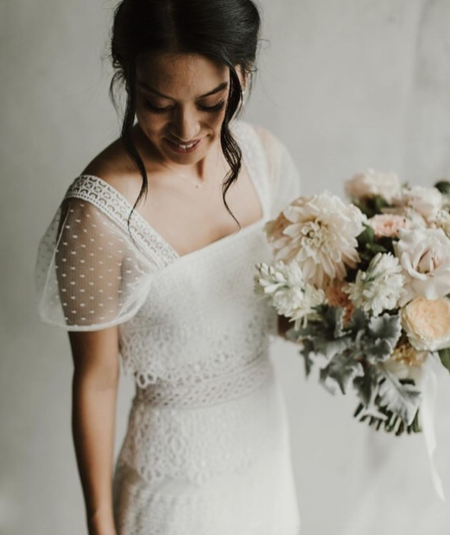 Annie | Lace Gown