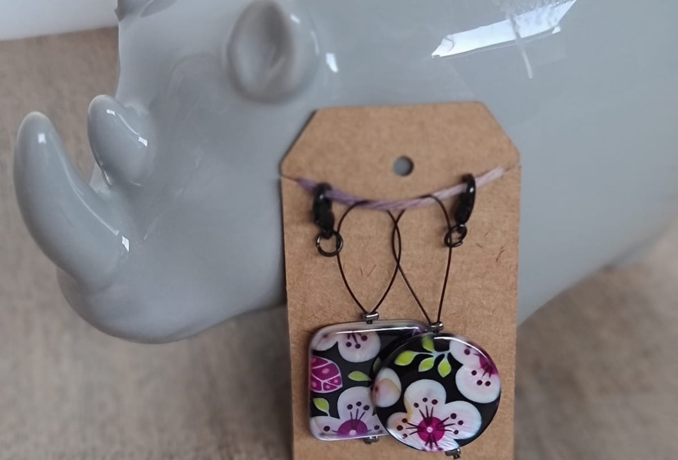 """Geisha Girl"" Stitch Marker"