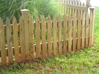 Spear Top Space 4 inch picket 4x4 posts