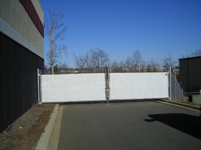 Chain Link Commercial Gate.JPG