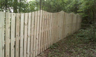 Space Picket Scalloped Wood Fence