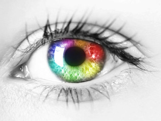 Tetrachromatic 'Super Vision' May Help Some Women See 100 Million Colors, Neuroscientists Say