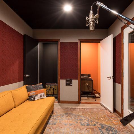 Studio I Iso Booth