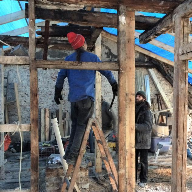 Rückbau der baufälligen Dachkonstruktion