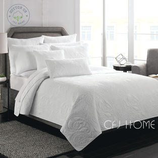 QUILT - White Laurence