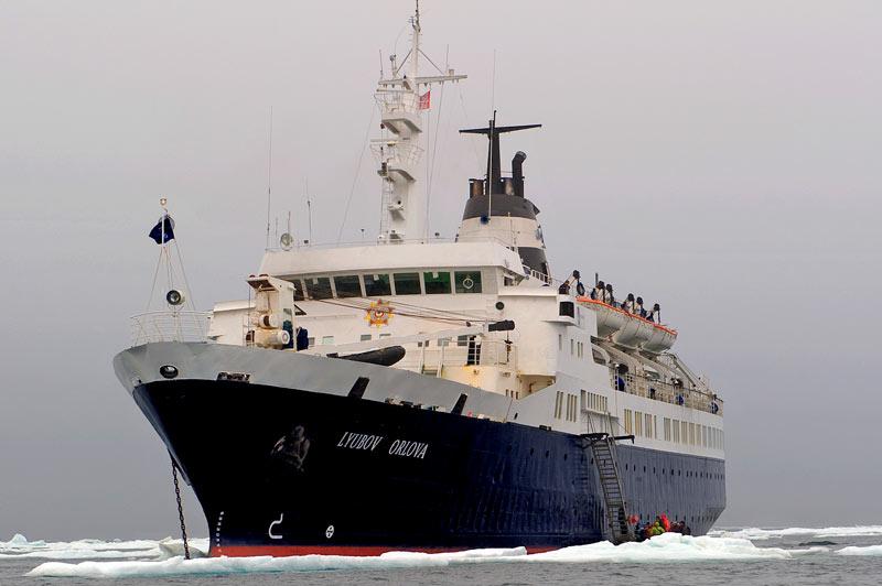 Lyubov Orlova, unser Expeditiuonsschiff