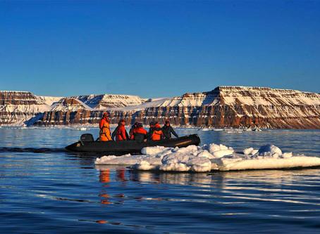 Mit dem Expeditionsschiff durch die Nordwest Passage.