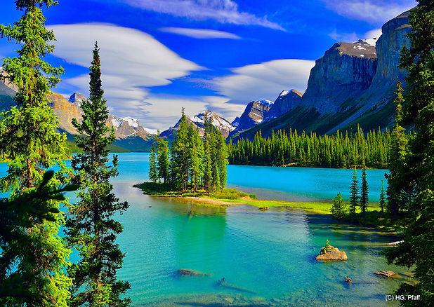 MaligneLake_Alberta.jpg