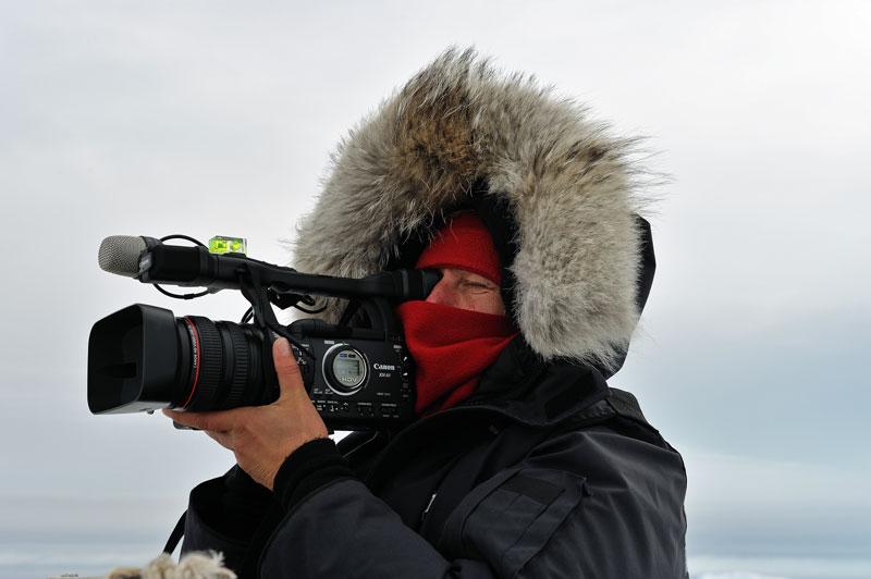 Elvira is filming